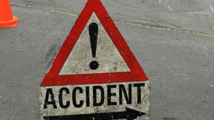 ट्रक ने मारी ऑटो को टक्कर, ऑटो में सवार छः लोगों की मौत