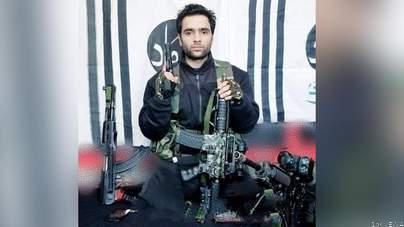 पुलवामा हमला : सीसीटीवी फुटेज में ईको कार चलाते दिखा आतंकी आदिल