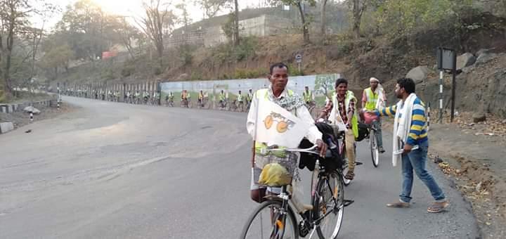 शांति साईकिल यात्रा आज छत्तीसगढ़ के केसकाल घाटी पहुची
