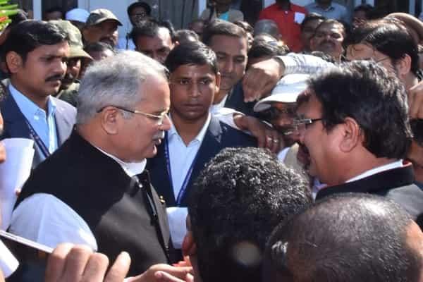 मुख्यमंत्री ने किया कुर्मी समाज की प्रतिभाओं का सम्मान