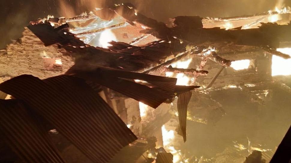 कोटि गांव में लगी भीषण आग, 7 घर जलकर हुए स्वाह