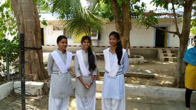 एकलव्य विद्यालय की तीन छात्राओं ने जेईई एडवांस के लिये किया क्वालीफाई,
