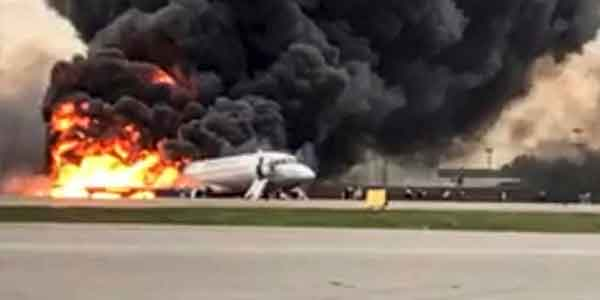 मॉस्को विमान हादसे में 41 लोगों की मौत