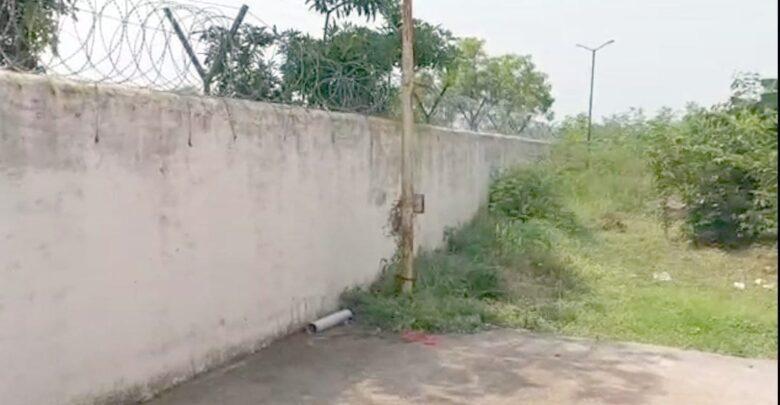 कटीली तार वाले लंबी दीवार फांदकर 9 अपचारी बालक भागे, बाल संप्रेक्षण गृह की सुरक्षा फेल, 3 साल के भीतर पांचवी वारदात